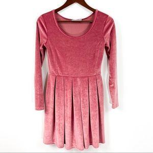 Aritzia Talula Lambeth Velvet Pleated Dress